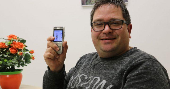 Joachim Falkenberg mit dem Philips DPM8200